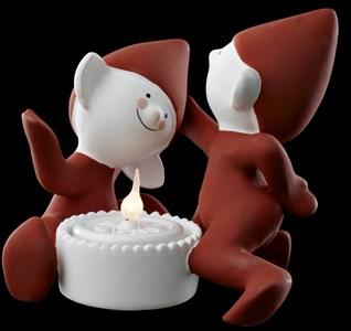 Image of   Elf Clumsy & Nosy Dekorativ lysfigur Rød, Hvid 1 Lampe( r) LED