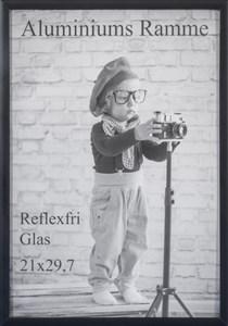 Image of   Fotoramme Alu Mat Sort 15x20